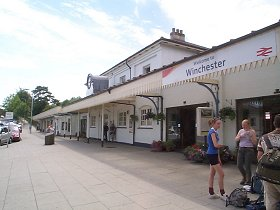 Winchester Rail Station, and a link to South West Trains web site.